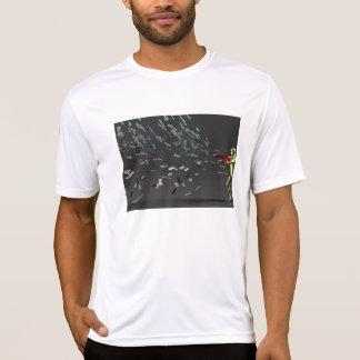 Camiseta Conceito do marketing com homem de negócios