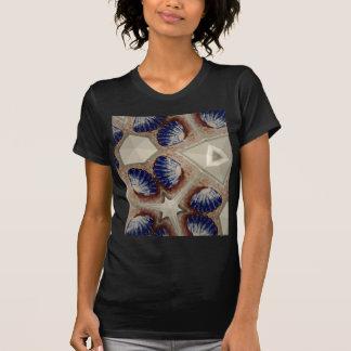 Camiseta Conchas e mais