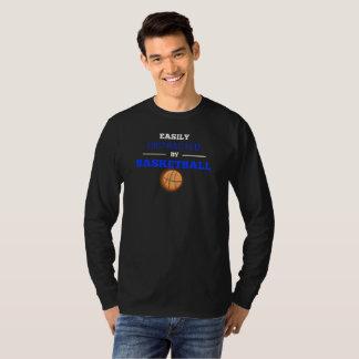 Camiseta Confundido facilmente pelo t-shirt longo de Sleve