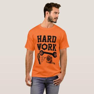 Camiseta Construção do trabalho duro