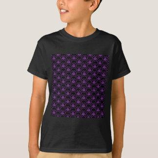 Camiseta Cor damasco preta e roxa. Gothic.