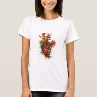 Camiseta Coração anatômico com flores, coração floral