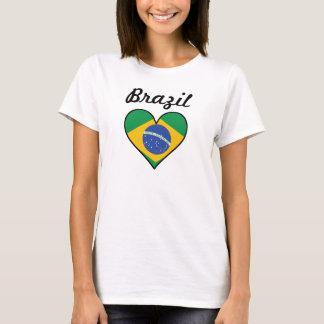 Camiseta Coração da bandeira de Brasil