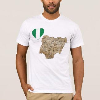 Camiseta Coração da bandeira de Nigéria e t-shirt do mapa