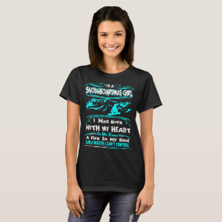 Camiseta Coração da menina da snowboarding no fogo da luva