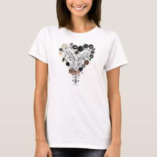 Camiseta Coração dos botões e das videiras