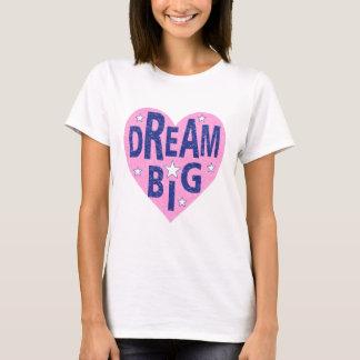 Camiseta Coração grande ideal do vintage