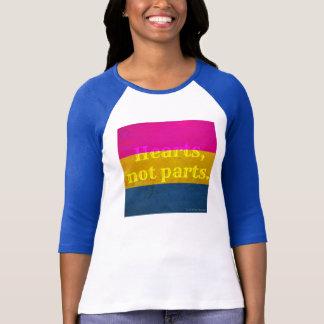 """Camiseta """"Corações, não peças."""" T"""