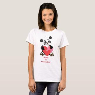 Camiseta Corações para o urso de panda de Homeschool