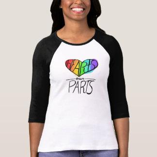 Camiseta Corações sobre o orgulho das peças LGBT