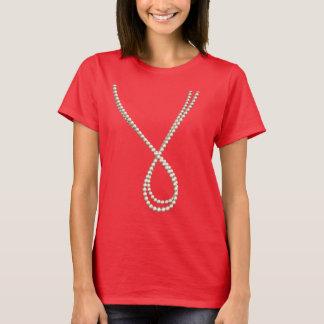 Camiseta Corda elegante das pérolas: Traje falsificado do