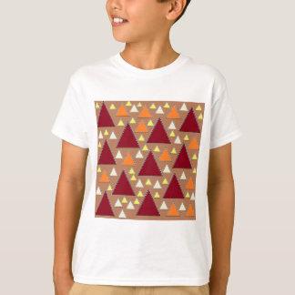 Camiseta cordilheiras cobertas neve da queda do pixel