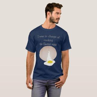 Camiseta Cozinhando os ovos da páscoa