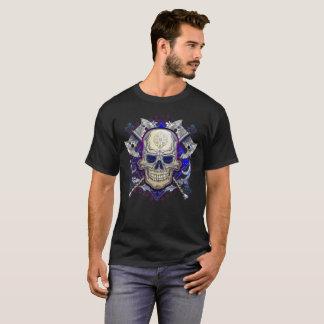 Camiseta Crânio com design do tshirt dos machados