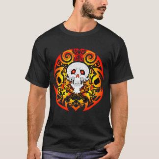 Camiseta Crânio e t-shirt tribais dos Fogo-Clubes