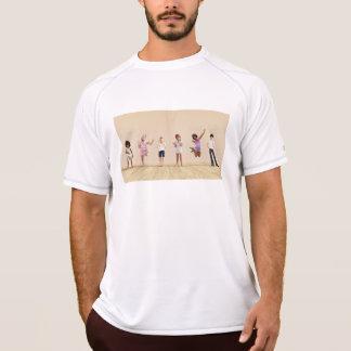 Camiseta Crianças felizes em um centro do centro de dia ou