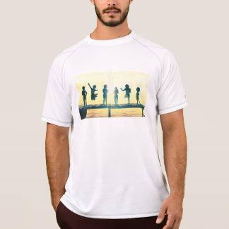 Camiseta Crianças felizes que jogam na ilustração do parque