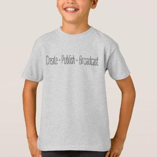 """Camiseta """"CRIAR  •  PUBLIQUE  •  A TRANSMISSÃO"""", texto,"""