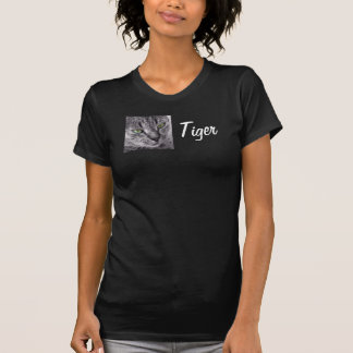Camiseta Criar seu próprio t-shirt do gato de gato malhado
