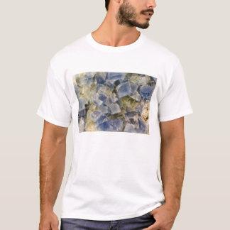 Camiseta Cristais azuis da fluorite na matriz