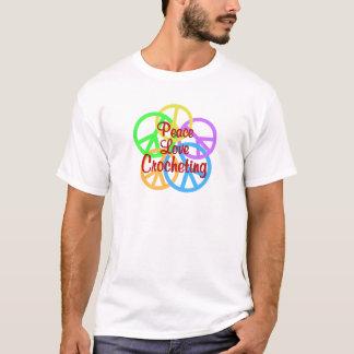 Camiseta Crocheting do amor da paz