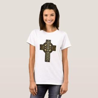 Camiseta Cruz celta do nó no ouro e no preto