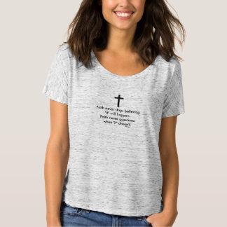 Camiseta Cruz nunca Slouchy do sólido do t-shirt w/Black da