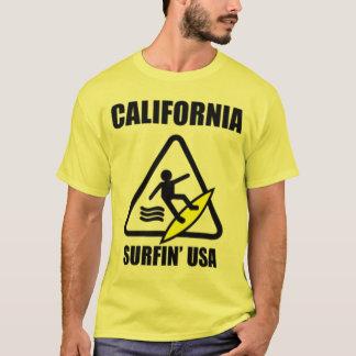 Camiseta cuidado: assoalho molhado