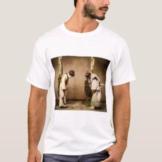 Camiseta Cumprimentos japoneses Japão velho da gueixa do