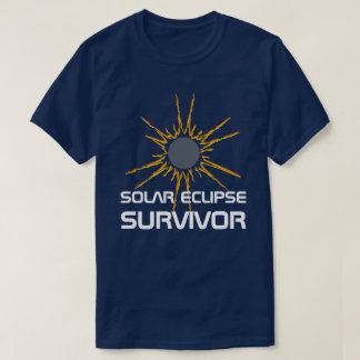 Camiseta Customizável engraçado do sobrevivente do eclipse
