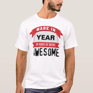 Camiseta Customizável feito 'em anos de ser Awesome