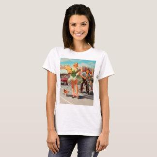 Camiseta Da agitação menina retro engraçada do pinup para