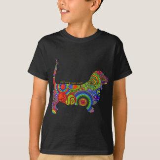 """Camiseta Da """"amor paz & T dos miúdos do pop art dos cães de"""
