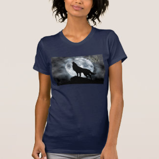 Camiseta da chuva do lobo