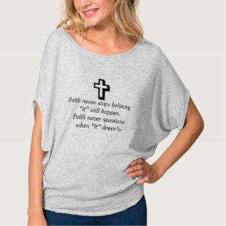 Camiseta Da fé cruz superior da urze w/Shadow nunca