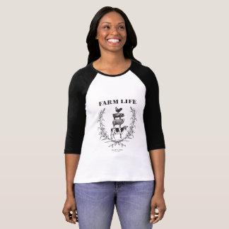 """Camiseta Da """"O basebol macio da vida fazenda"""" das camadas"""