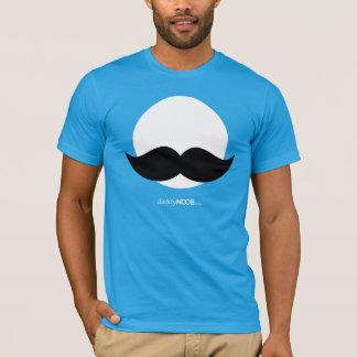 Camiseta DaddyNoob - azul do emblema do bigode