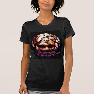 Camiseta Dança com a lua do diabo