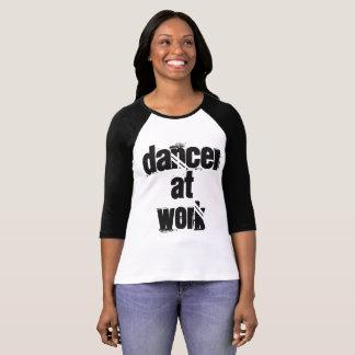 Camiseta Dançarino no trabalho t-shirt preta & do branco