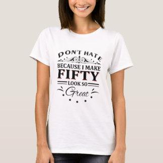 Camiseta das pessoas de 50 anos