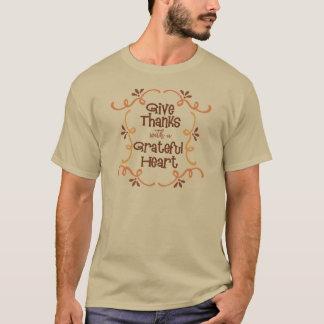 Camiseta Dê obrigados com um coração grato