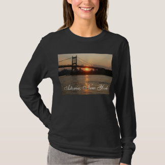 "Camiseta De ""ponte RFK no por do sol"" Astoria, o t-shirt"