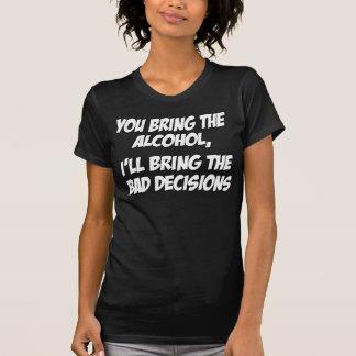 Camiseta Decisões do mau do álcool