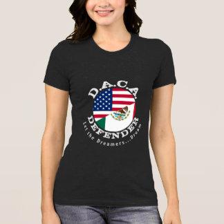 Camiseta Defensor de DACA (com das citações parte traseira