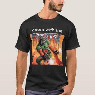 Camiseta desgraça com a cara irritada