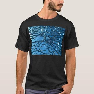 Camiseta Design de vidro quebrado