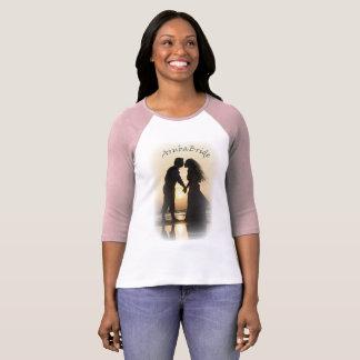 Camiseta Design do beijo do por do sol da silhueta da noiva