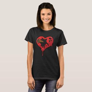 Camiseta Design do coração de sangramento