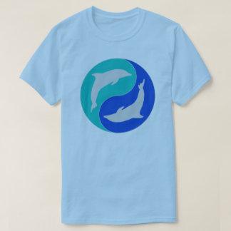 Camiseta Design do golfinho de yang do yin dos golfinhos do