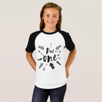 Camiseta Design impressionante do t-shirt de RealOne | de